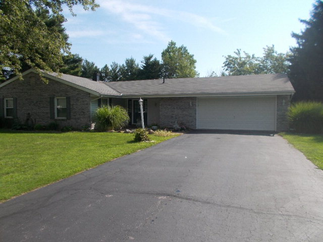1112 Adare Rd, Marion, OH 43302