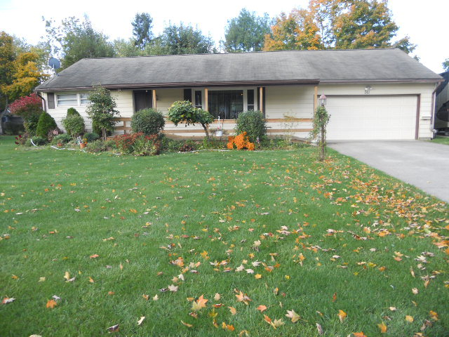 761 Forest Lawn Dr, Marion, OH 43302