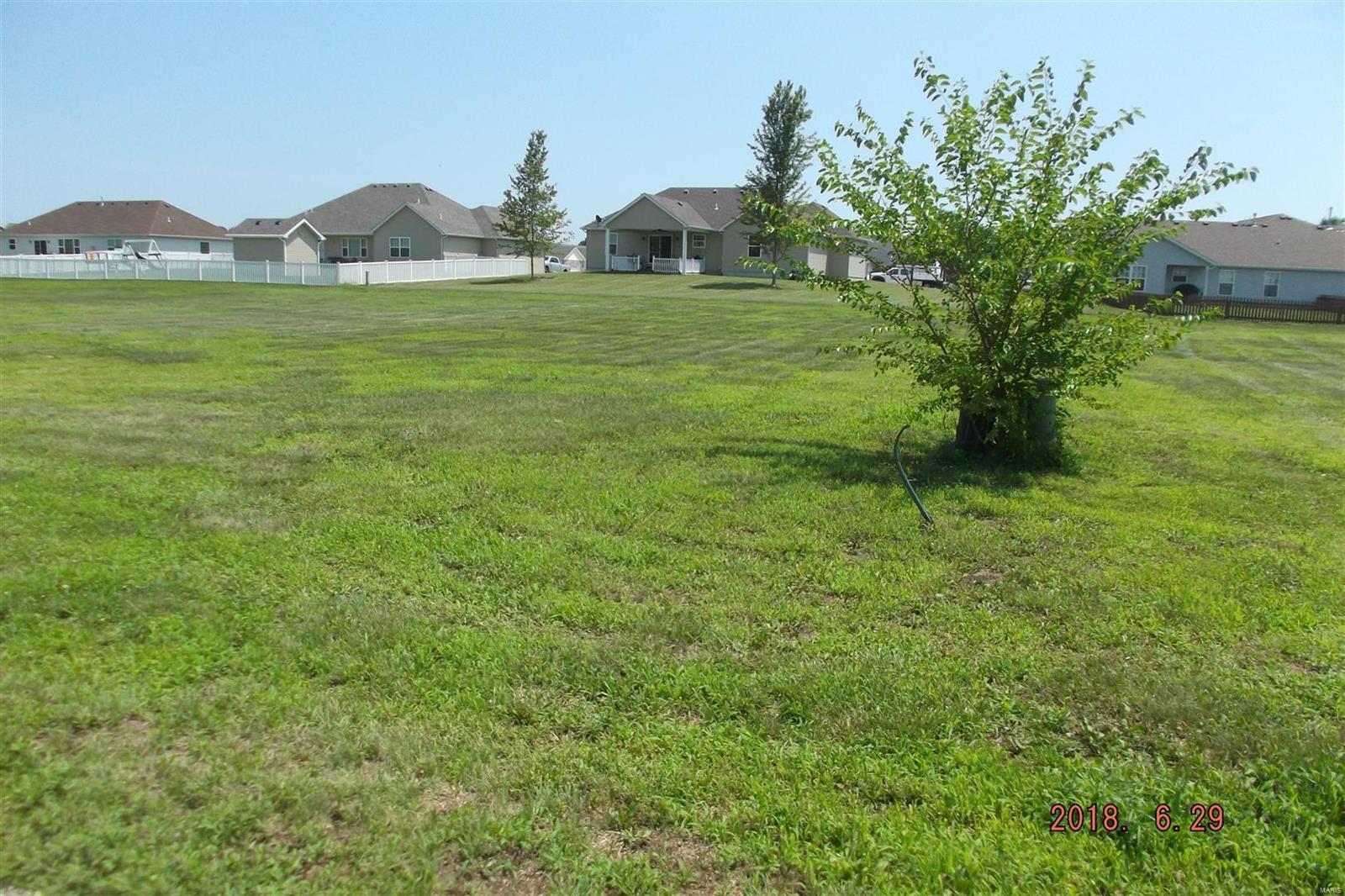 primary photo for 3409 Ozzie Drive, Granite City, IL 62040, US