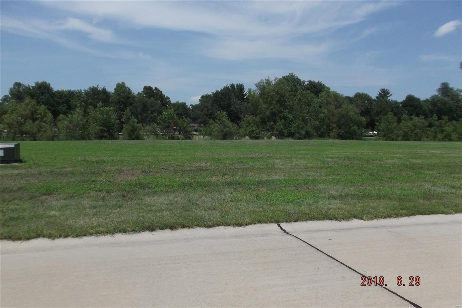 primary photo for 3520 Cardinal Crossing Boulevard, Granite City, IL 62040, US