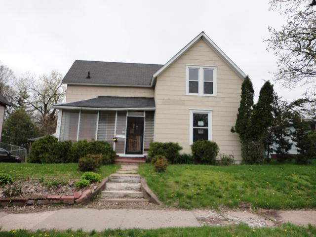 704 N 4th St, Marshalltown, IA 50158