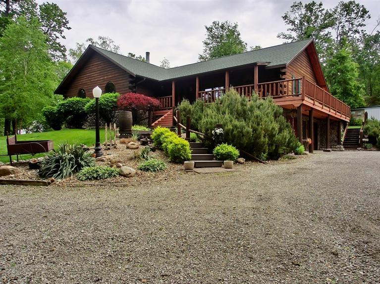 Real Estate for Sale, ListingId: 23868687, Marshalltown,IA50158