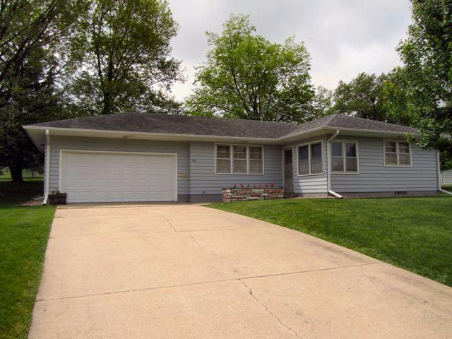 Real Estate for Sale, ListingId: 33395351, Marshalltown, IA  50158