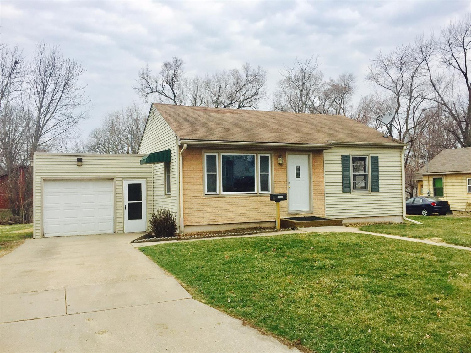 Photo of 911 Finkle Avenue  Marshalltown  IA