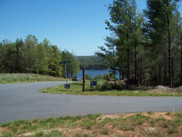 1552 Bear Cliff Dr Lake James, NC 28761