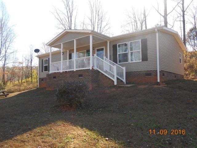Photo of 208 Robin Drive  Marion  NC