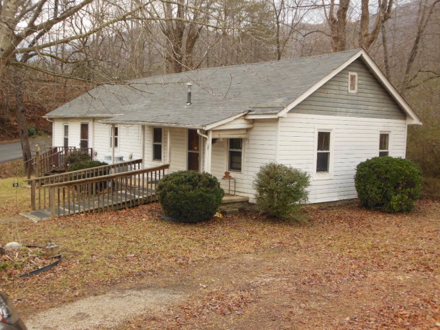 Photo of 124 Johnson Hollow Road  Marion  NC