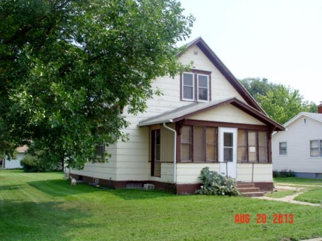 100 East Ave SE, Wagner, SD 57380