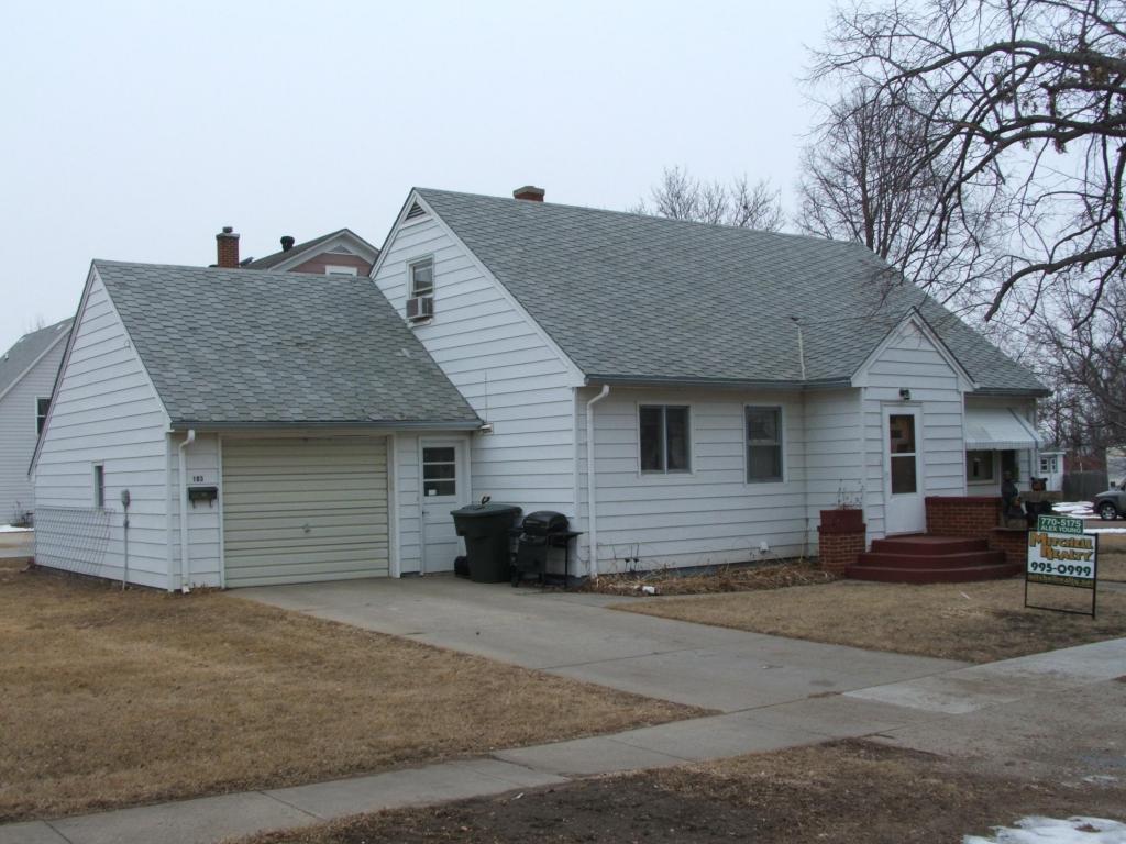 103 E Dakota St, Tripp, SD 57376