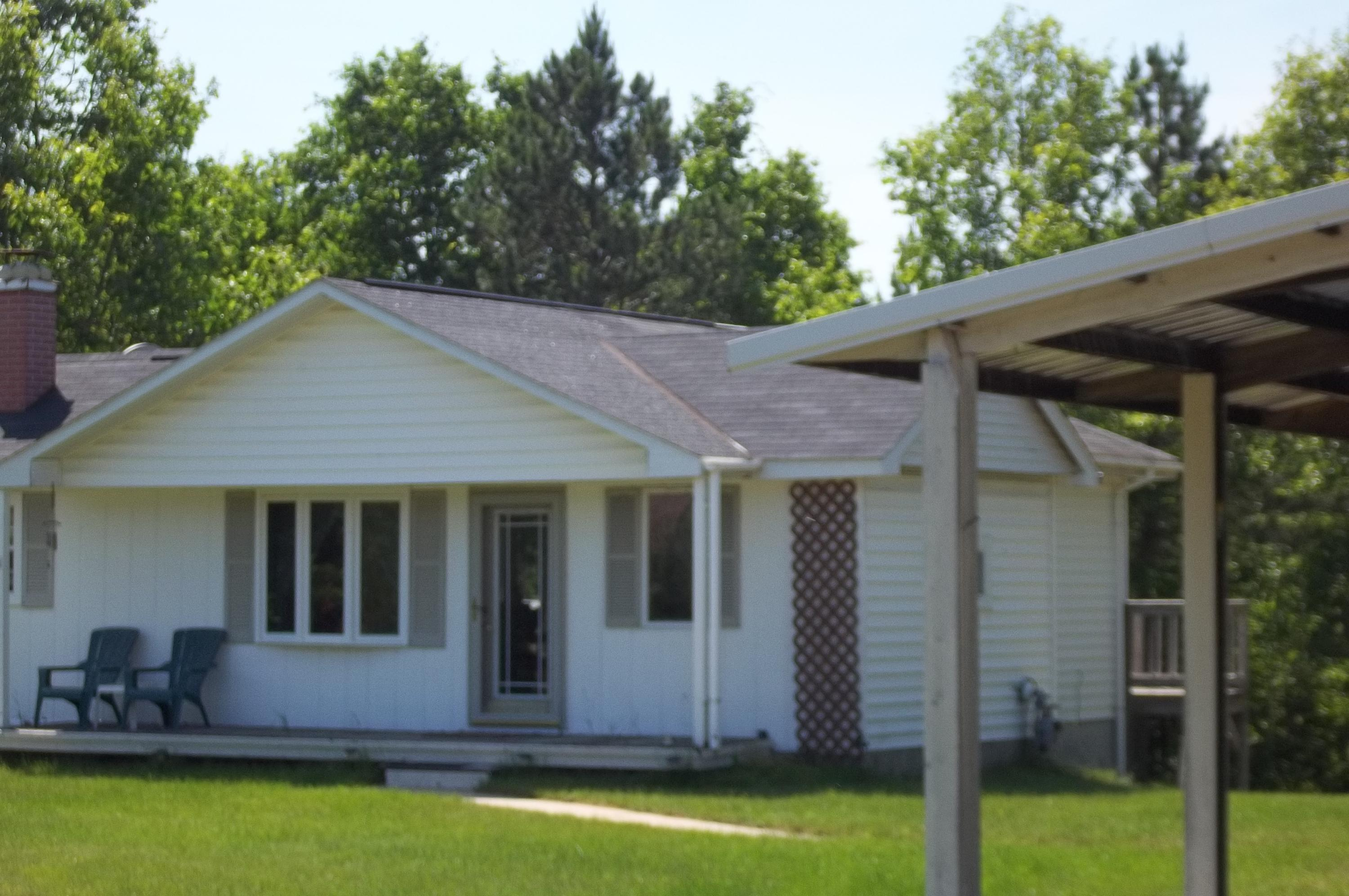 N7285 County Road W, Crivitz, WI 54114