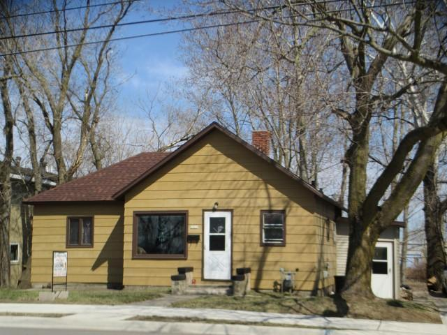 Photo of 2622 13TH Street  Menominee  MI