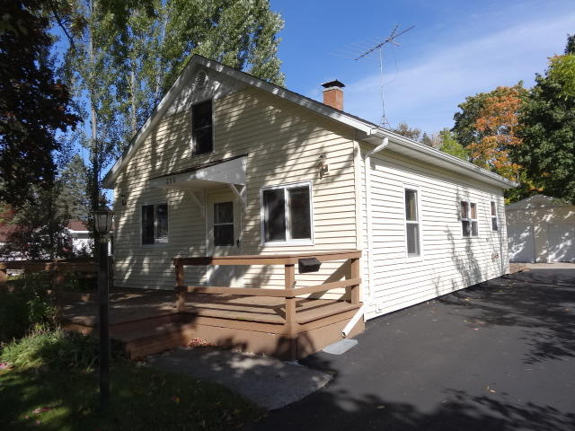 Photo of 250 BROWN Avenue  Peshtigo  WI