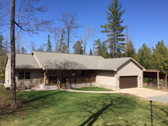 Image of Residential for Sale near Iron Mountain, Michigan, in Dickinson county: 16.57 acres