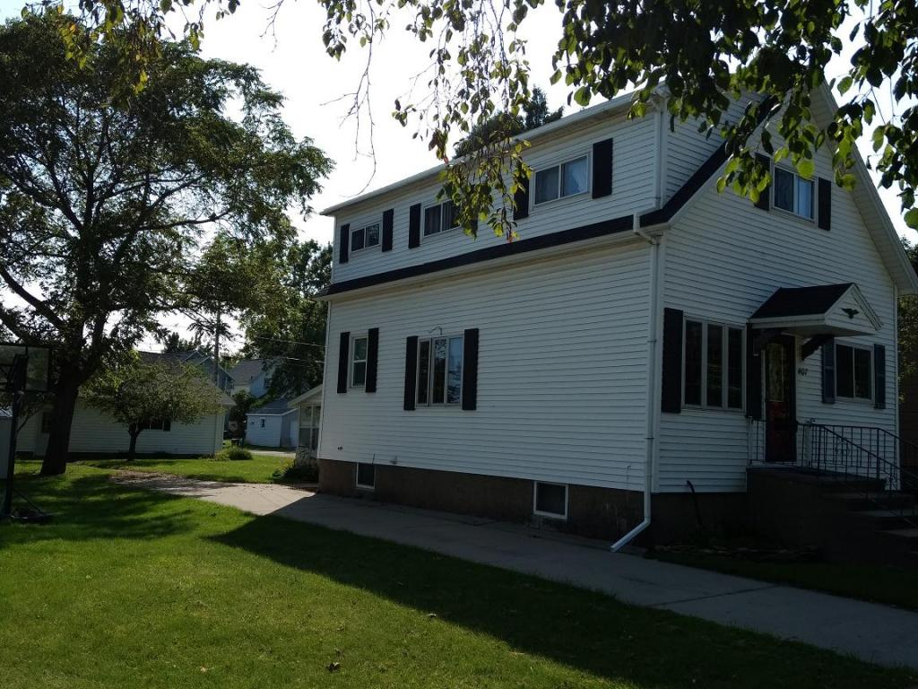 Photo of 407 Terrace Avenue  Marinette  WI