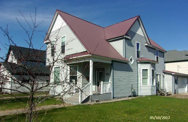 Photo of 331 S 9th Street  Escanaba  MI