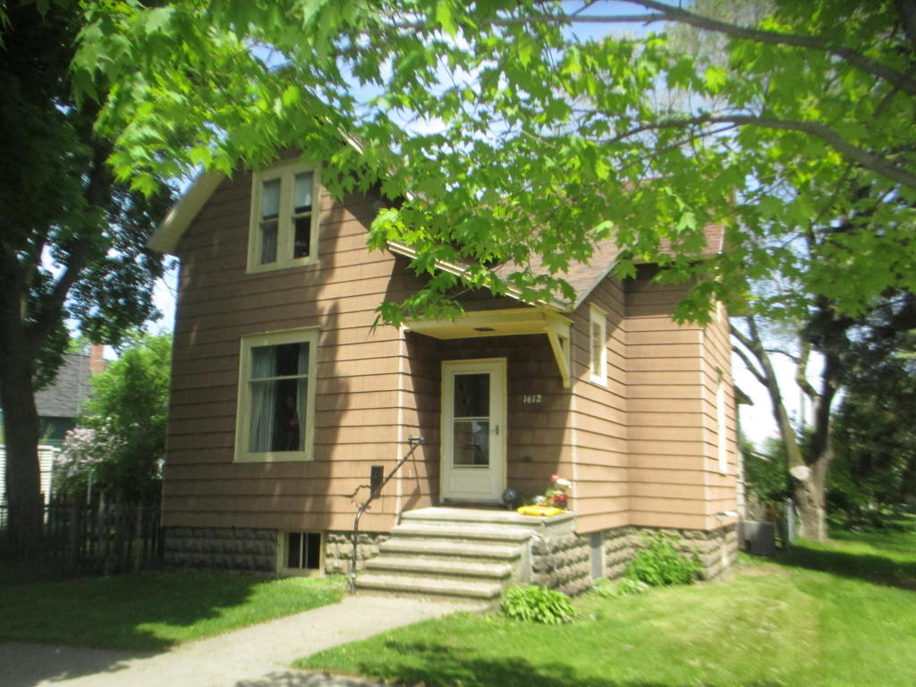Photo of 1612 Thomas Street  Marinette  WI