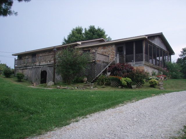 41 acres by McKee, Kentucky for sale