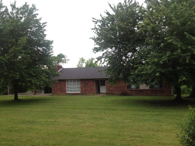 127 Wade Ridge Rd, Beattyville, KY 41311