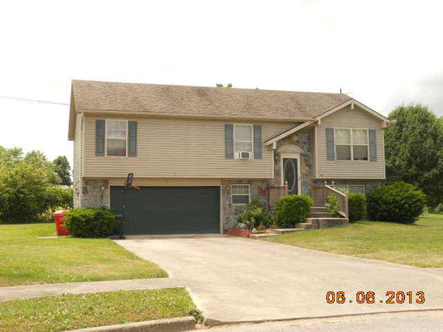 Rental Homes for Rent, ListingId:29205796, location: 503 SCENIC VIEW CIRCLE Berea 40403