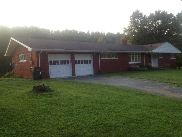 110 acres Beattyville, KY
