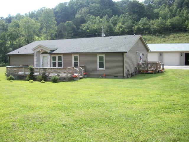 42.08 acres Climax, KY