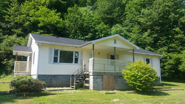 Real Estate for Sale, ListingId: 34039117, Cumberland,KY40823
