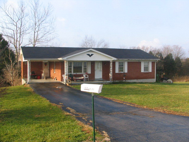 Rental Homes for Rent, ListingId:36721778, location: 2810 STANFORD ROAD Lancaster 40444