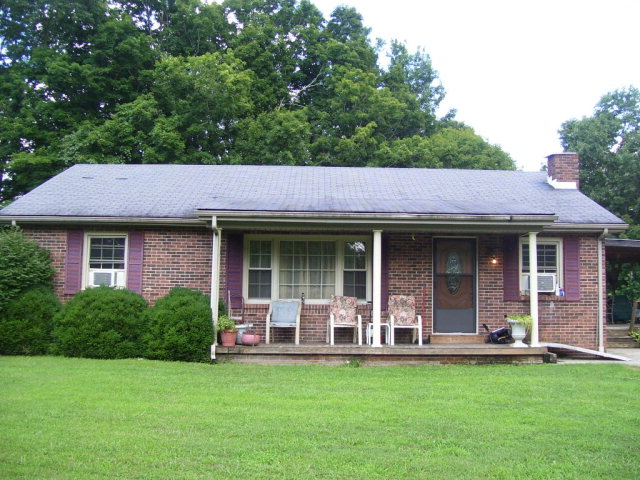Photo of 3929 CHESTNUT FLAT RD  Mckee  KY