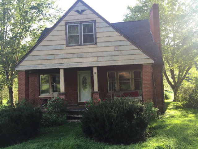 Photo of 232 SOUTH FORK ROAD  Beattyville  KY