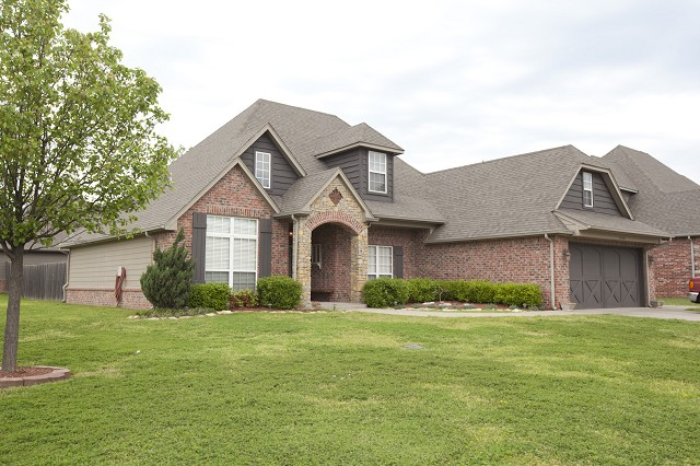 25546 Blackberry Blvd, Claremore, OK 74019