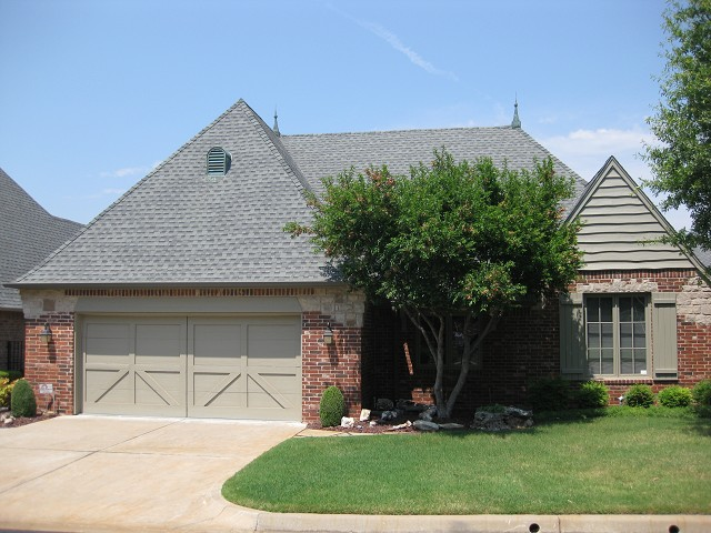 Single Family Home for Sale, ListingId:24343135, location: 10128 S 78th East Avenue Tulsa 74133