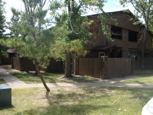 Single Family Home for Sale, ListingId:25304144, location: 6386 S 80th East Avenue Tulsa 74133