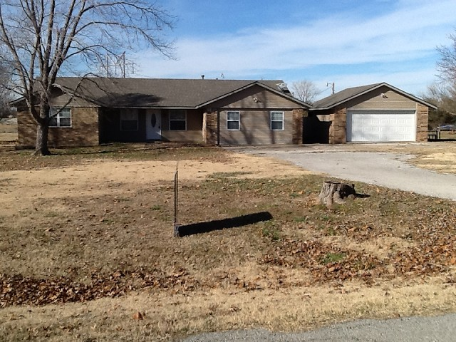 Single Family Home for Sale, ListingId:26369418, location: 9625 E Palm Tree Road Claremore 74019