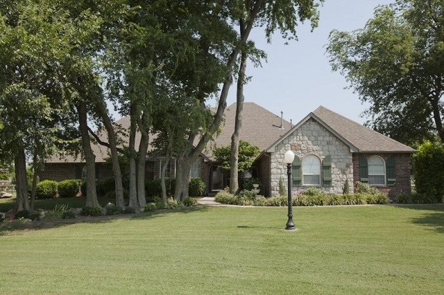 Featured Property in OWASSO, OK, 74055