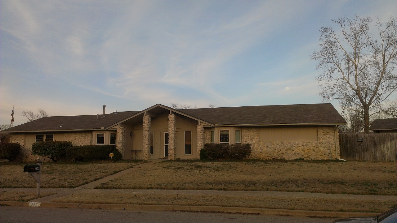 Single Family Home for Sale, ListingId:27335275, location: 723 N Gum Street Jenks 74037