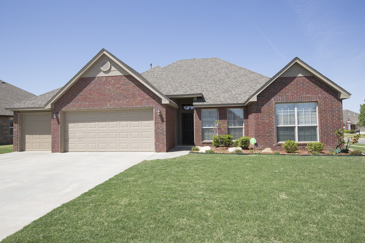 Single Family Home for Sale, ListingId:28501726, location: 10410 N 117th East Avenue Owasso 74055