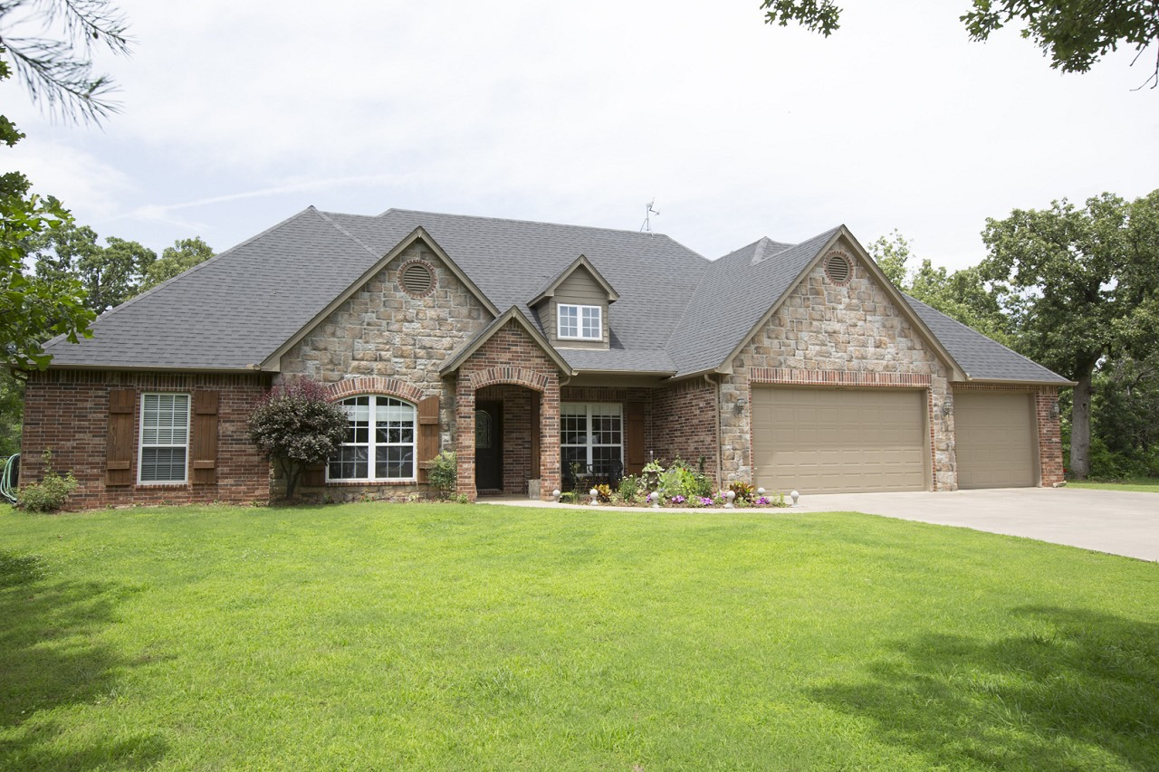 Featured Property in SKIATOOK, OK, 74070