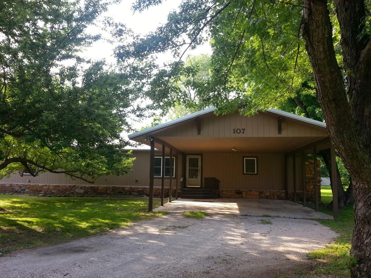 Single Family Home for Sale, ListingId:28885039, location: 107 E Sequoyah Street Talala 74080