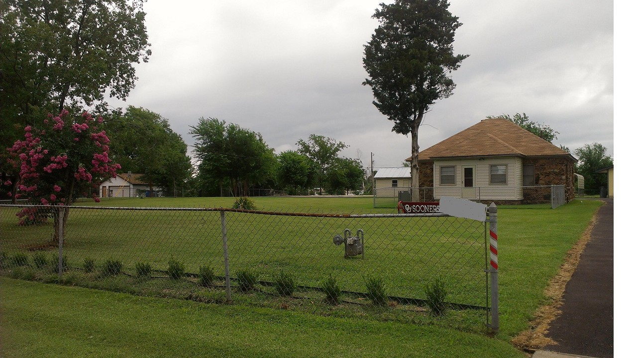 Single Family Home for Sale, ListingId:29426303, location: 1403 S 129th East Avenue Tulsa 74108