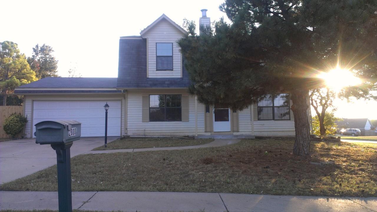 Single Family Home for Sale, ListingId:30280713, location: 2800 S Narcissus Court Broken Arrow 74012