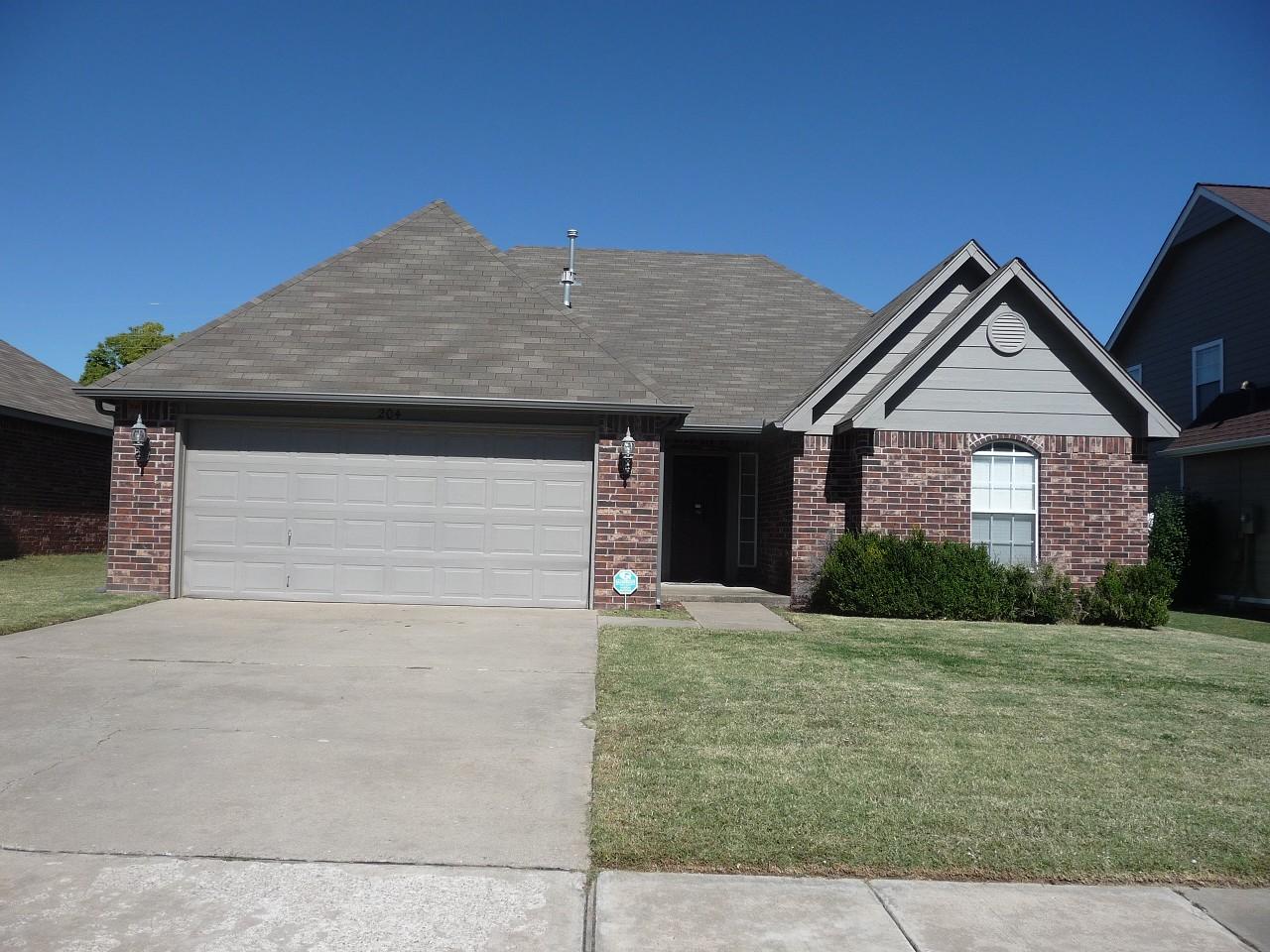 Single Family Home for Sale, ListingId:30327584, location: 204 E Kansas Street Broken Arrow 74012