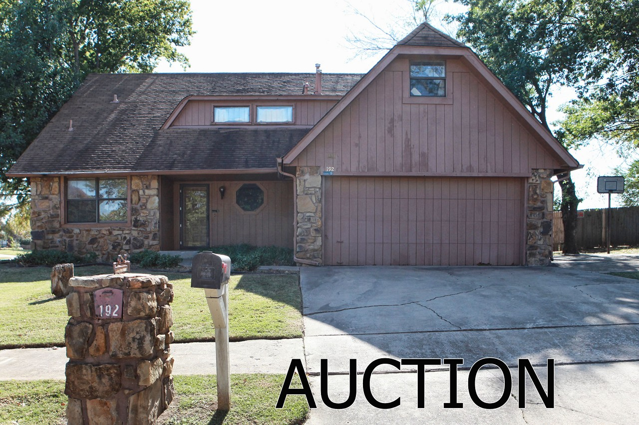 Single Family Home for Sale, ListingId:30605692, location: 192 Fox Run Circle Jenks 74037