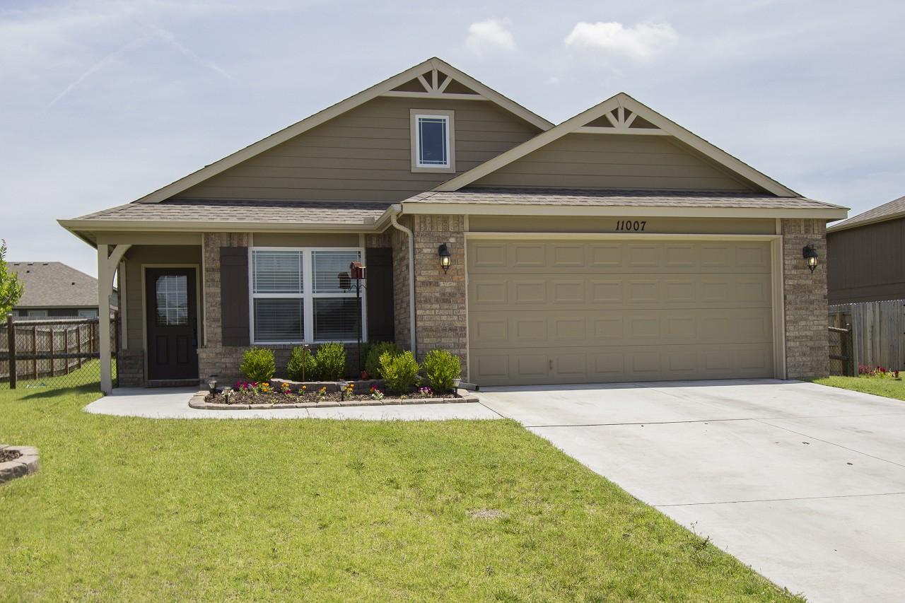 Single Family Home for Sale, ListingId:30882998, location: 11007 N 117th East Place Owasso 74055