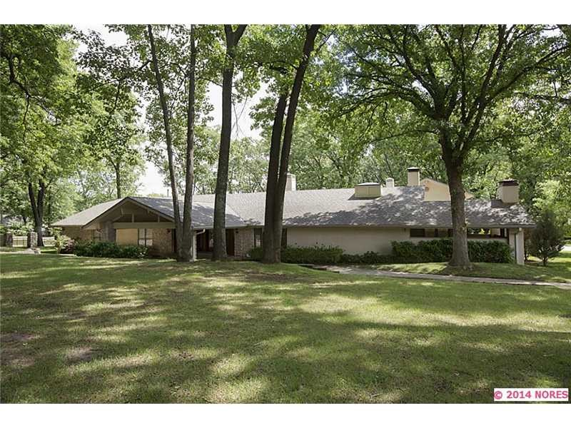 Single Family Home for Sale, ListingId:30933893, location: 9819 S Richmond Avenue Tulsa 74137