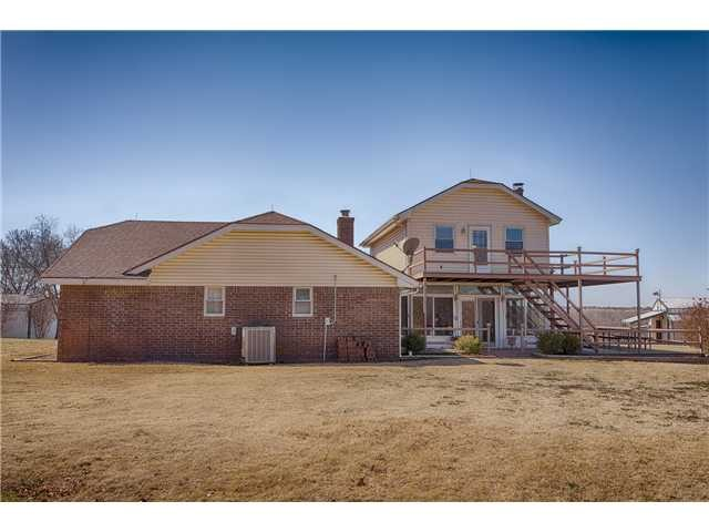 18 Woodcrest, Shawnee, OK 74804