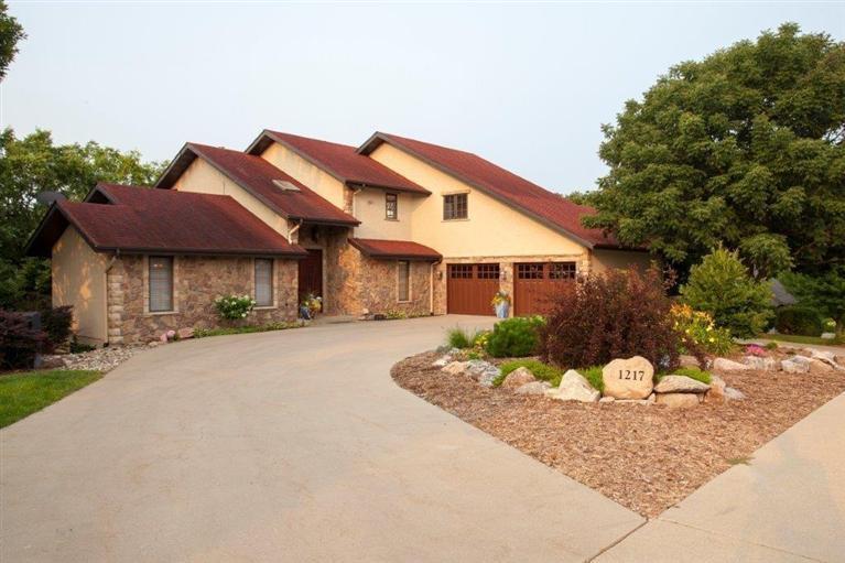 Real Estate for Sale, ListingId: 25408623, Pella,IA50219