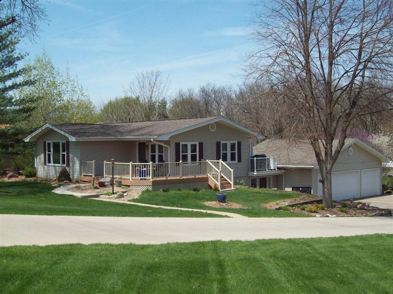 Real Estate for Sale, ListingId: 27989151, Pella,IA50219