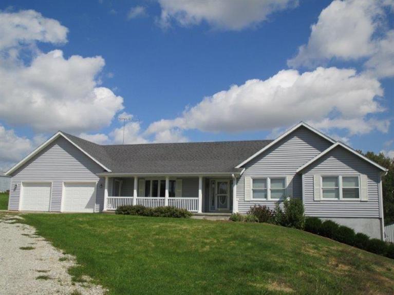 Real Estate for Sale, ListingId: 30097084, Pella,IA50219