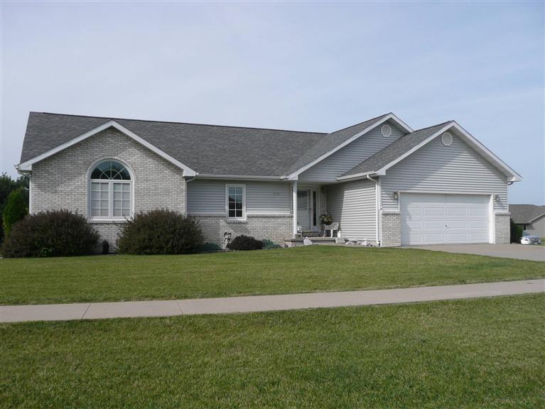 Real Estate for Sale, ListingId: 32799428, Knoxville,IA50138