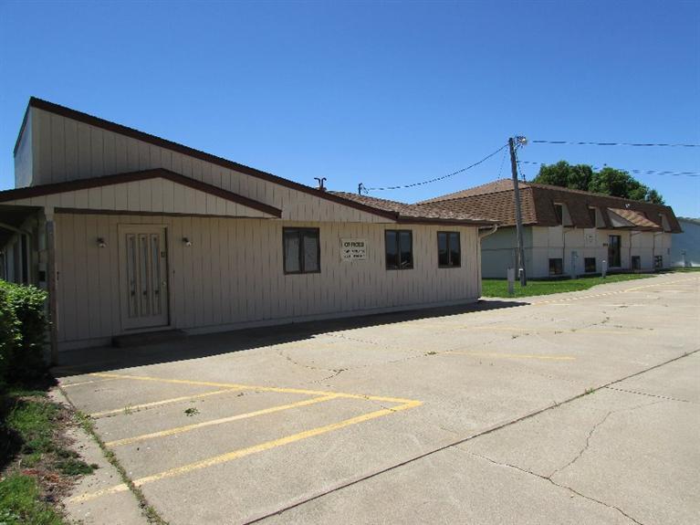 Real Estate for Sale, ListingId: 33652156, Knoxville,IA50138